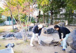 ひなまつ池の大掃除